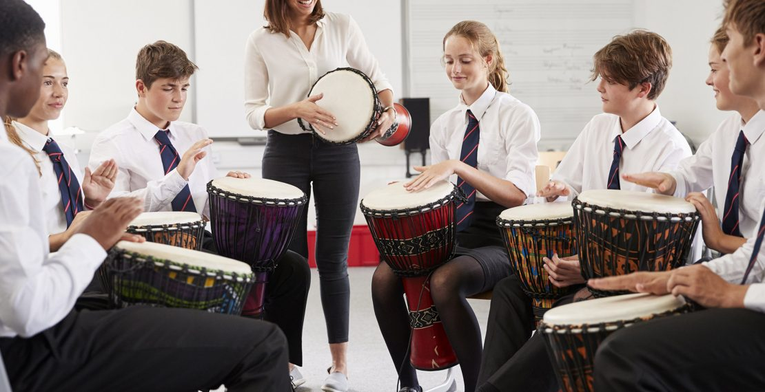 Trictracteambuilding-ado-classe-musique-percussion-1